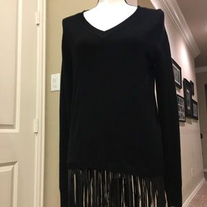 Sweater with faux leather fringe